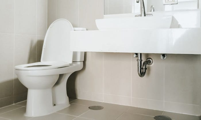 toilets-toto-vs-kohler