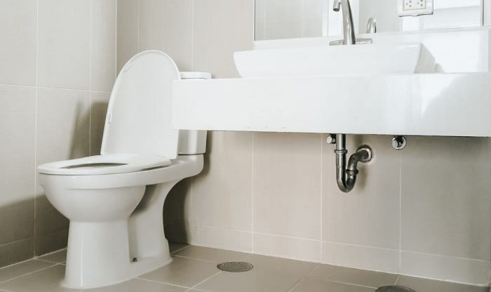 the-difference-between-chair-height-and-comfort-height-toilets